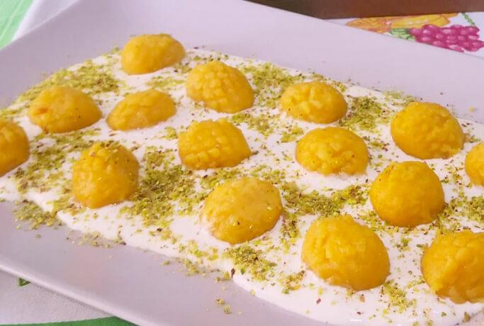 Gnocchi di zucca con crema al formaggio e granella di pistacchio